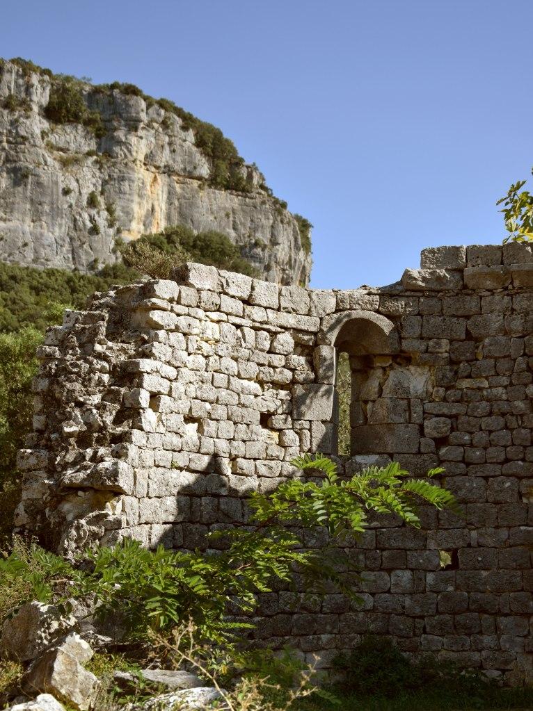 La maladrerie des templiers, ancien monastère du XIIème siècle